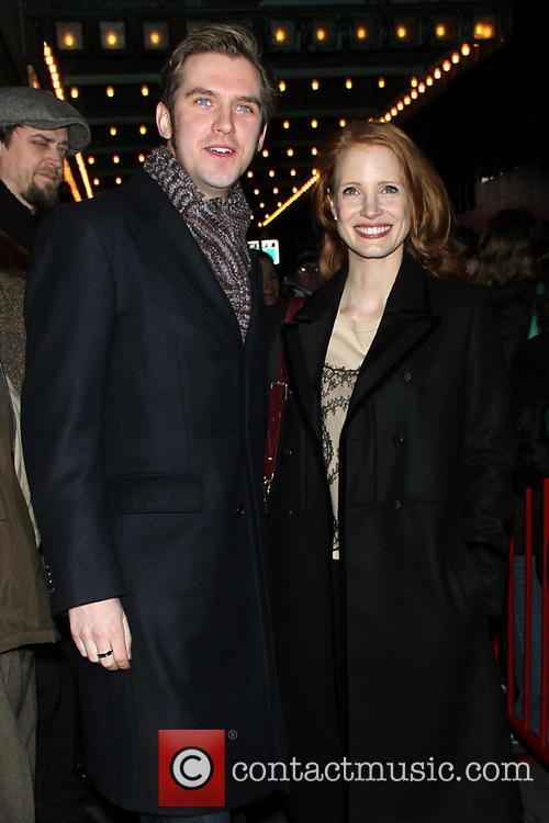 Dan Stevens and Jessica Chastain 7