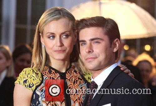 Taylor Schilling and Zac Efron 8