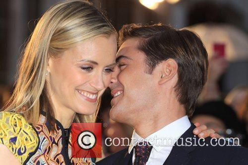 Taylor Schilling and Zac Efron 10