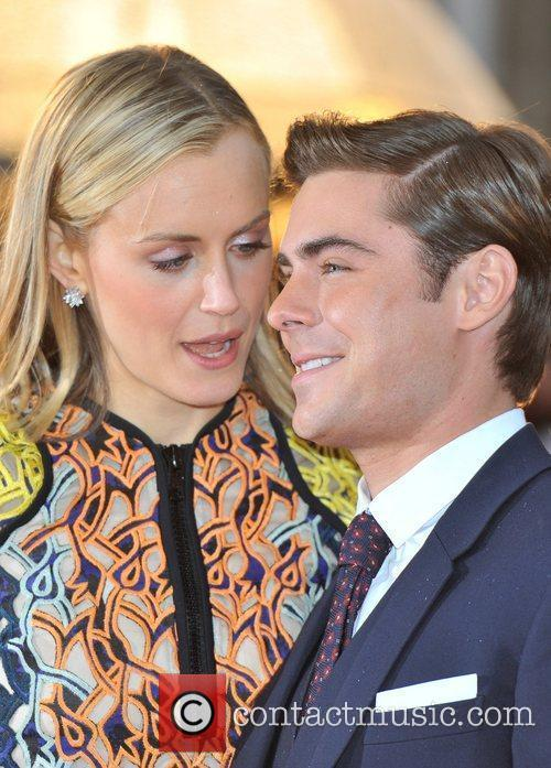 Zac Efron and Taylor Schilling 13