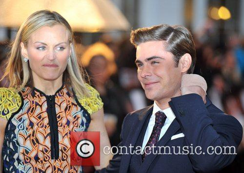 Zac Efron and Taylor Schilling 16