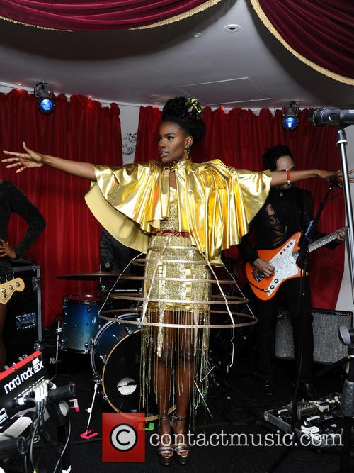 The Noisettes, Baroque and Contact 13