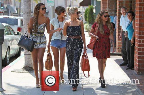Rochelle Wiseman, Frankie Sandford, Mollie King, The Saturdays and Vanessa White 6