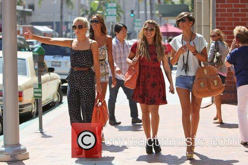 Rochelle Wiseman, Frankie Sandford, Mollie King, The Saturdays and Vanessa White 9