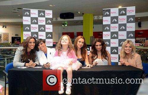 Rochelle Wiseman, Frankie Sandford, Mollie King, The Saturdays, Una Healy and Vanessa White 6
