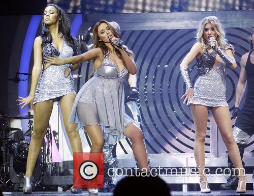 Rochelle Wiseman, Mollie King, Una Healy and Bournemouth International Centre 9