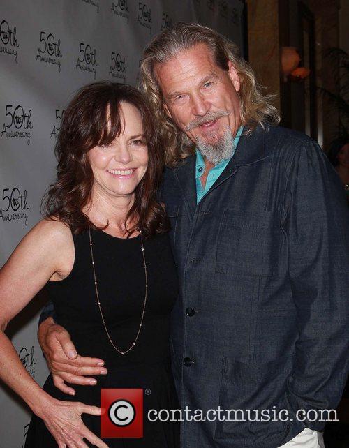 Sally Field and Jeff Bridges 8
