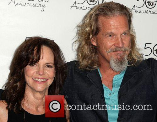 Sally Field and Jeff Bridges 6
