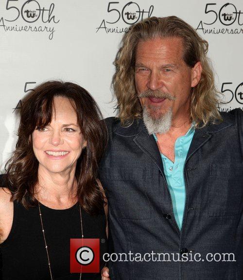 Sally Field and Jeff Bridges 7