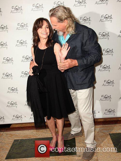 Sally Field and Jeff Bridges 10