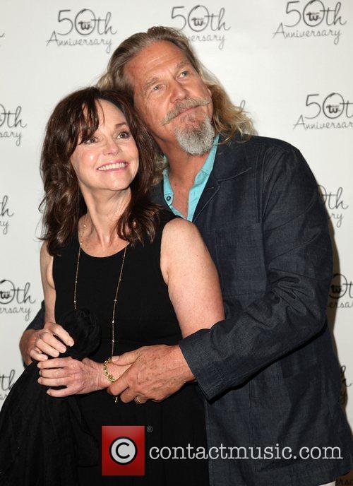 Sally Field and Jeff Bridges 11