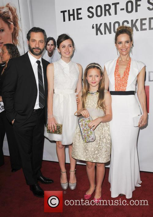 Judd Apatow, Maude Apatow, Iris Apatow, Leslie Mann and Grauman's Chinese Theatre 10