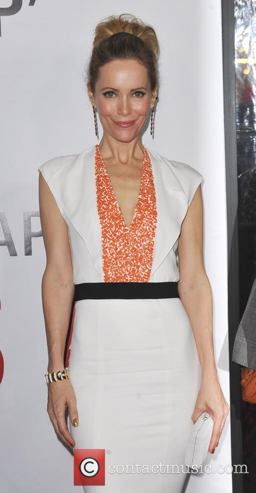 Leslie Mann and Grauman's Chinese Theatre 4