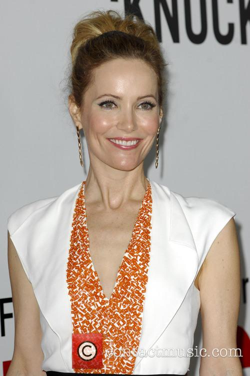 Leslie Mann and Grauman's Chinese Theatre 3