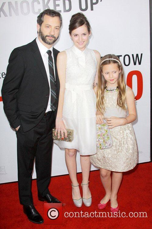 Judd Apatow, Maude Apatow, Iris Apatow and Grauman's Chinese Theatre 8