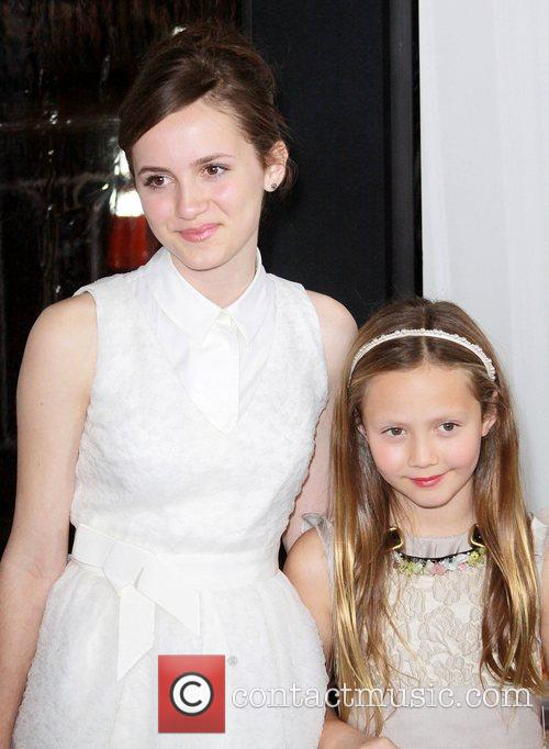 Maude Apatow, Iris Apatow and Grauman's Chinese Theatre 9