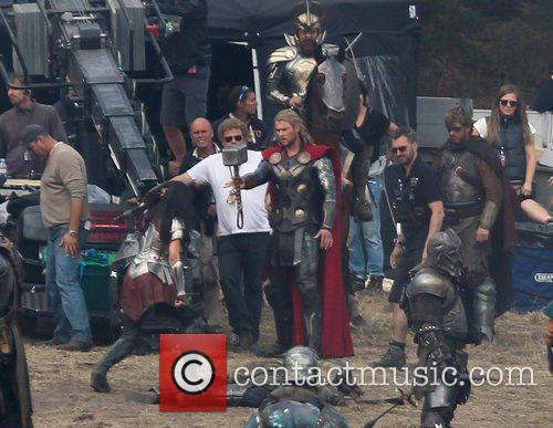 Chris Hemsworth and Thor 15