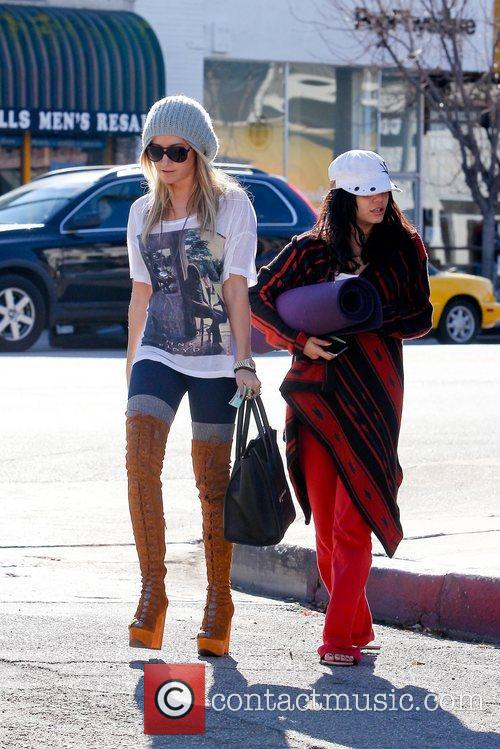 Ashley Tisdale and Vanessa Hudgens 13