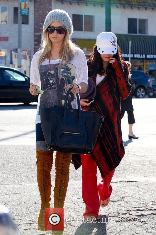 Ashley Tisdale and Vanessa Hudgens 8