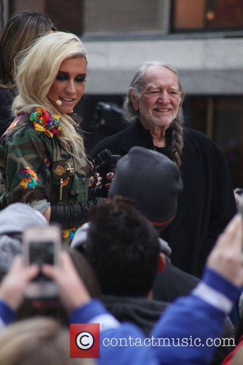 Kesha and Willie Nelson 2