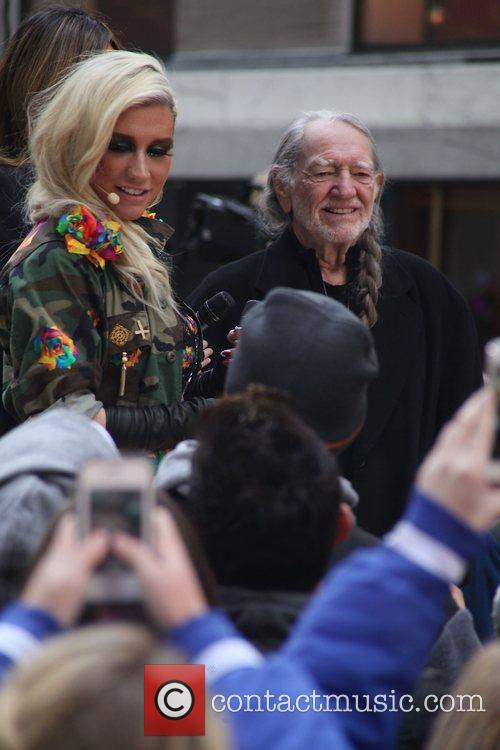 Ke, Kesha and Willie Nelson 2