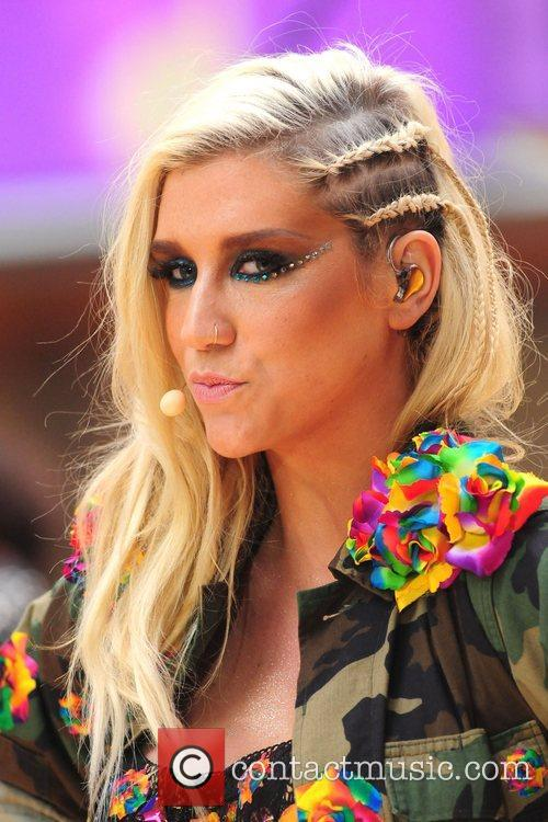 Ke, Kesha, Toyota Thanksgiving Concert Series, Today, Rockefeller Center New York and City 17