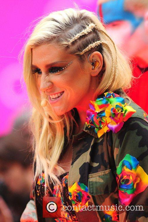 Ke, Kesha, Toyota Thanksgiving Concert Series, Today, Rockefeller Center New York and City 21