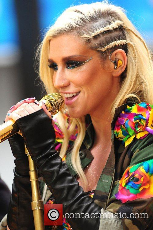 Ke, Kesha, Toyota Thanksgiving Concert Series, Today, Rockefeller Center New York and City 15
