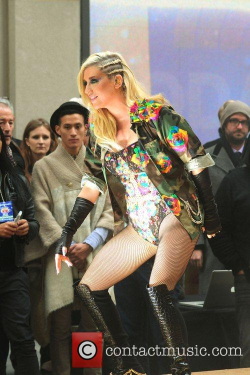 Ke, Kesha, Toyota Thanksgiving Concert Series, Today, Rockefeller Center New York and City 13