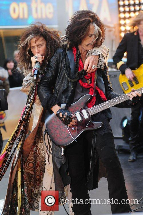 steven tyler and joe perry aerosmith performing 4158060