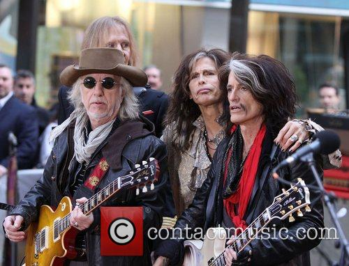 steven tyler and joe perry aerosmith performing 4158147