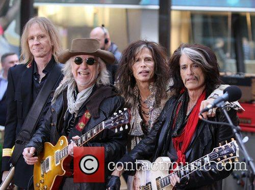 steven tyler and joe perry aerosmith performing 4158149