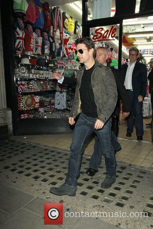 Tom Cruise, Connor Cruise and Chinawhite 12