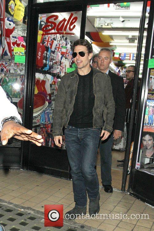 Tom Cruise, Connor Cruise and Chinawhite 16