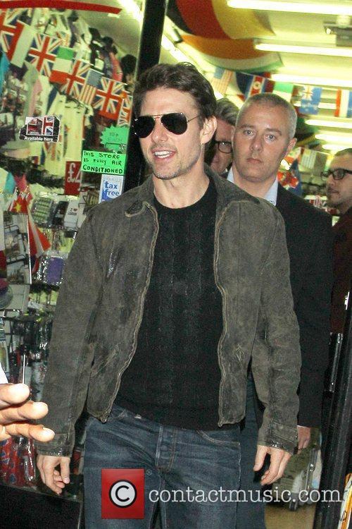 Tom Cruise, Connor Cruise and Chinawhite 17