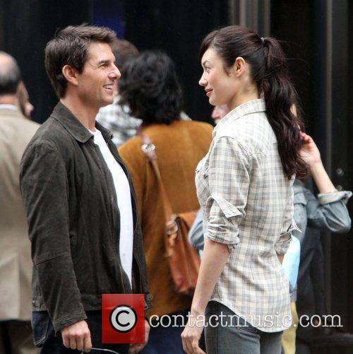 Tom Cruise and Olga Kurylenko 2