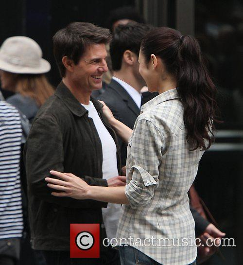 Tom Cruise and Olga Kurylenko 1