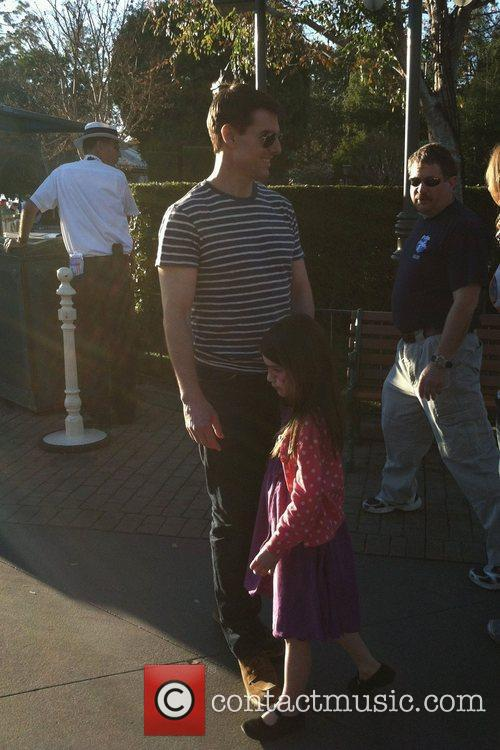 Tom Cruise and Disneyland 3