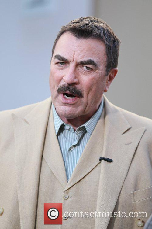 Tom Selleck 32