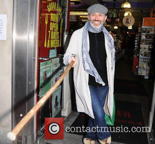 Arrives at Tower Records for his new DVD...