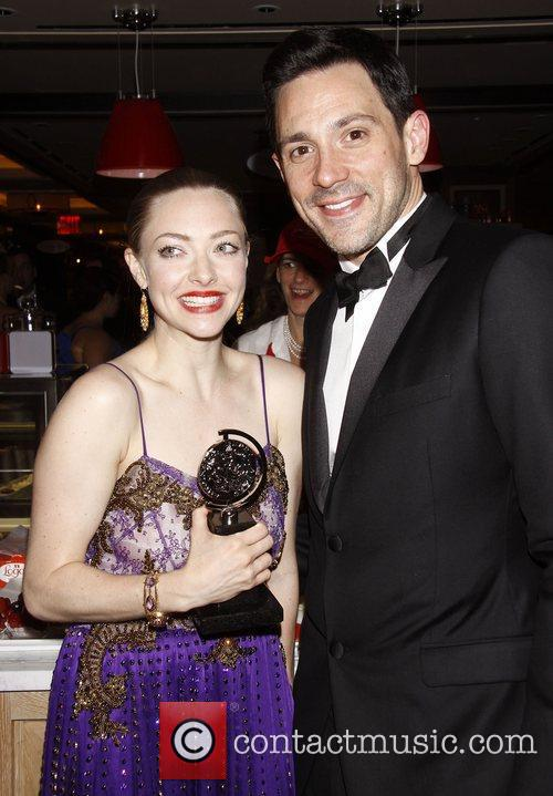 amanda seyfried and steve kazee the official 3938053