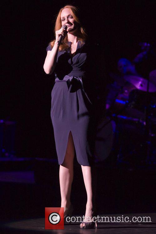 Opens the gig for her father Tony Bennett...