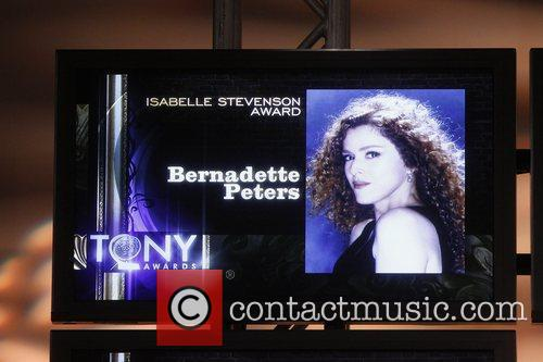 bernadette peters will receive the isabelle stevenson 5834265