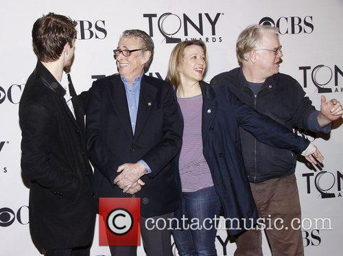 Andrew Garfield, Linda Emond, Mike Nichols, Philip Seymour Hoffman and Times Square 1