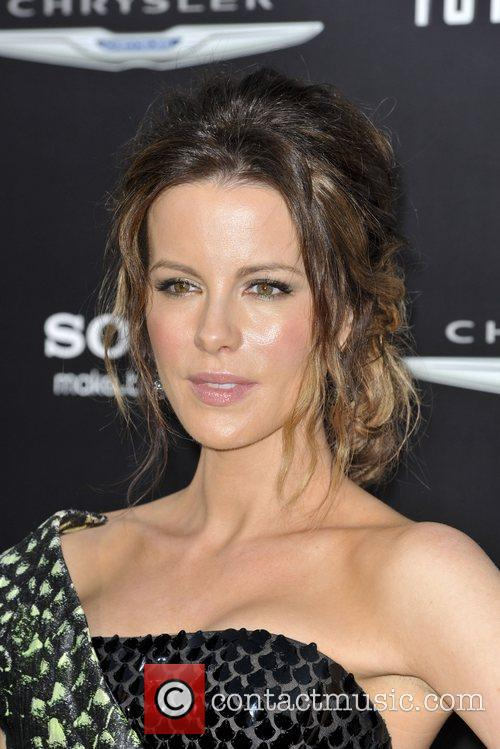 Kate Beckinsale and Grauman's Chinese Theatre 11