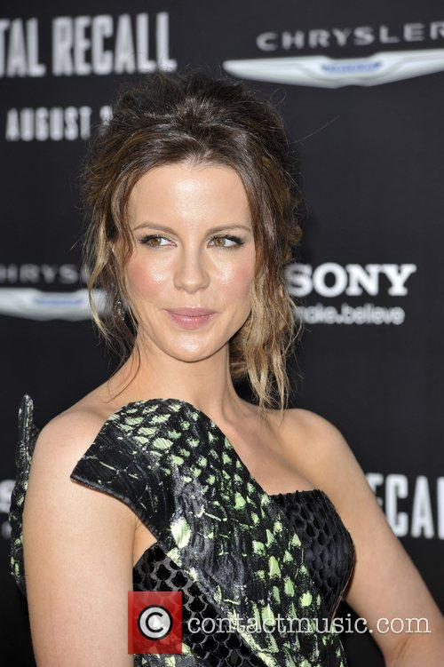 Kate Beckinsale and Grauman's Chinese Theatre 12