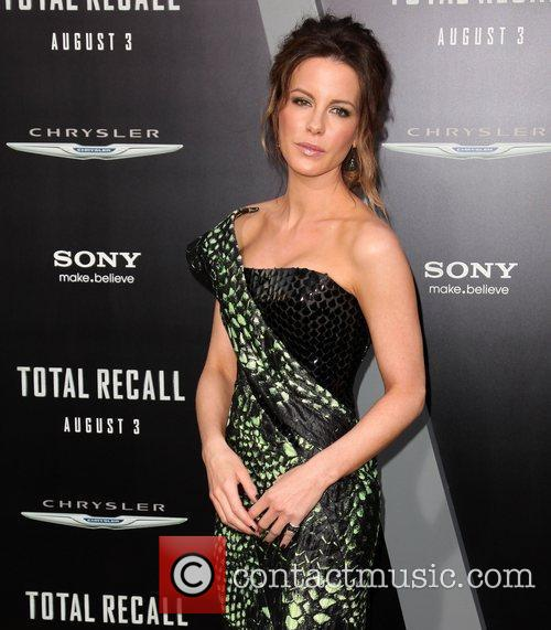 Kate Beckinsale and Grauman's Chinese Theatre 19