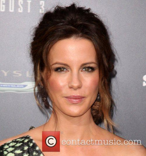 Kate Beckinsale and Grauman's Chinese Theatre 20