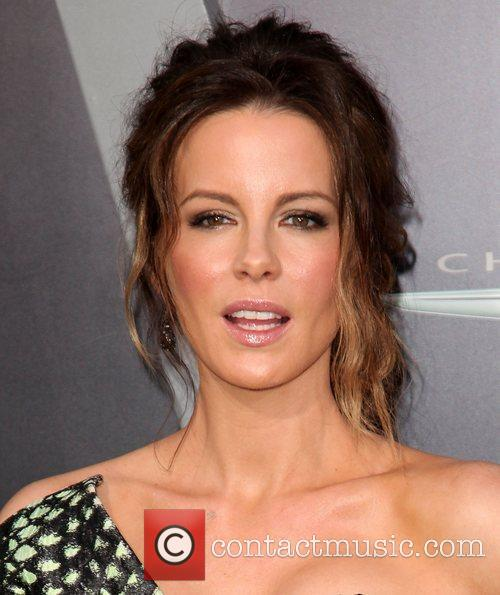 Kate Beckinsale and Grauman's Chinese Theatre 22