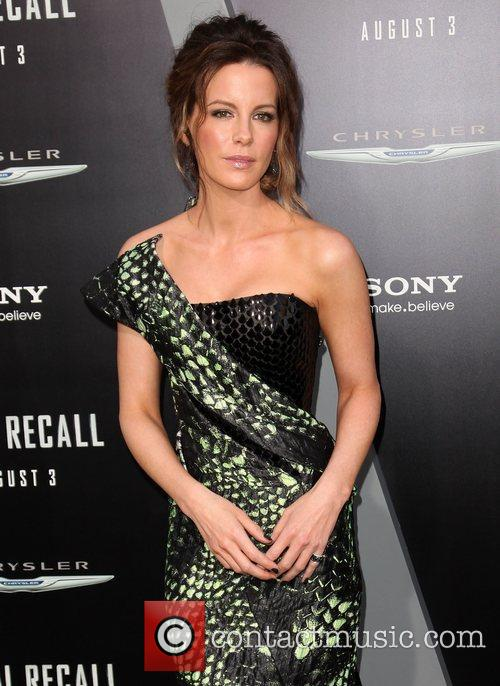 Kate Beckinsale and Grauman's Chinese Theatre 26